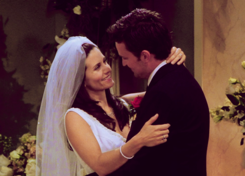 chandler bing & monica geller-bing
